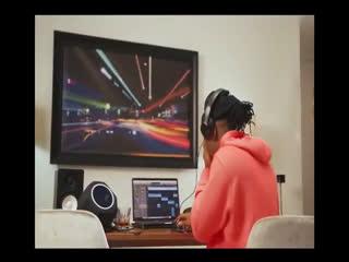 [Video] Stonebwoy – Putuu (Pray Freestyle)